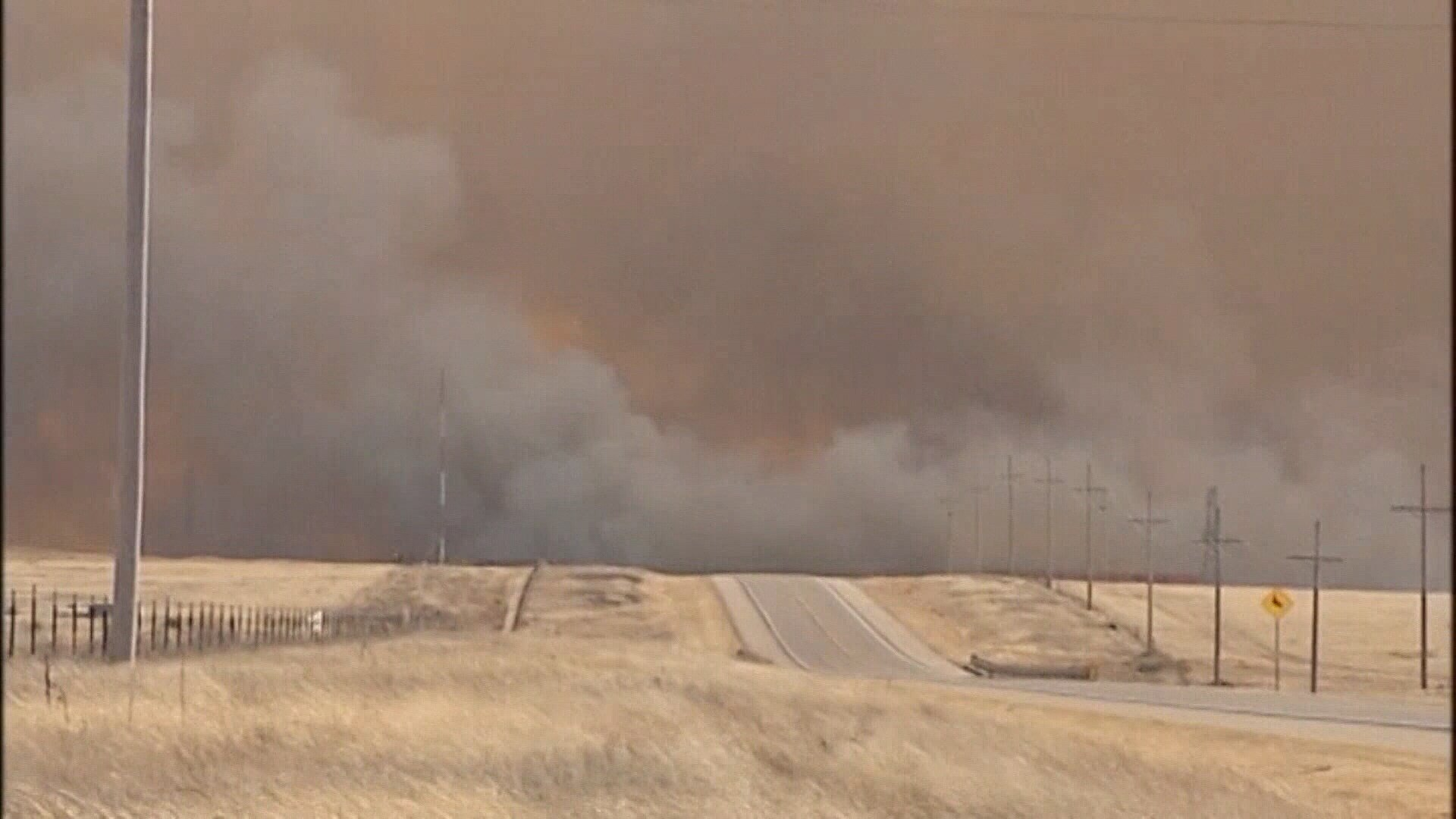Texas A&M Forest Service dispatches crews/equipment to fight Panhandle fires