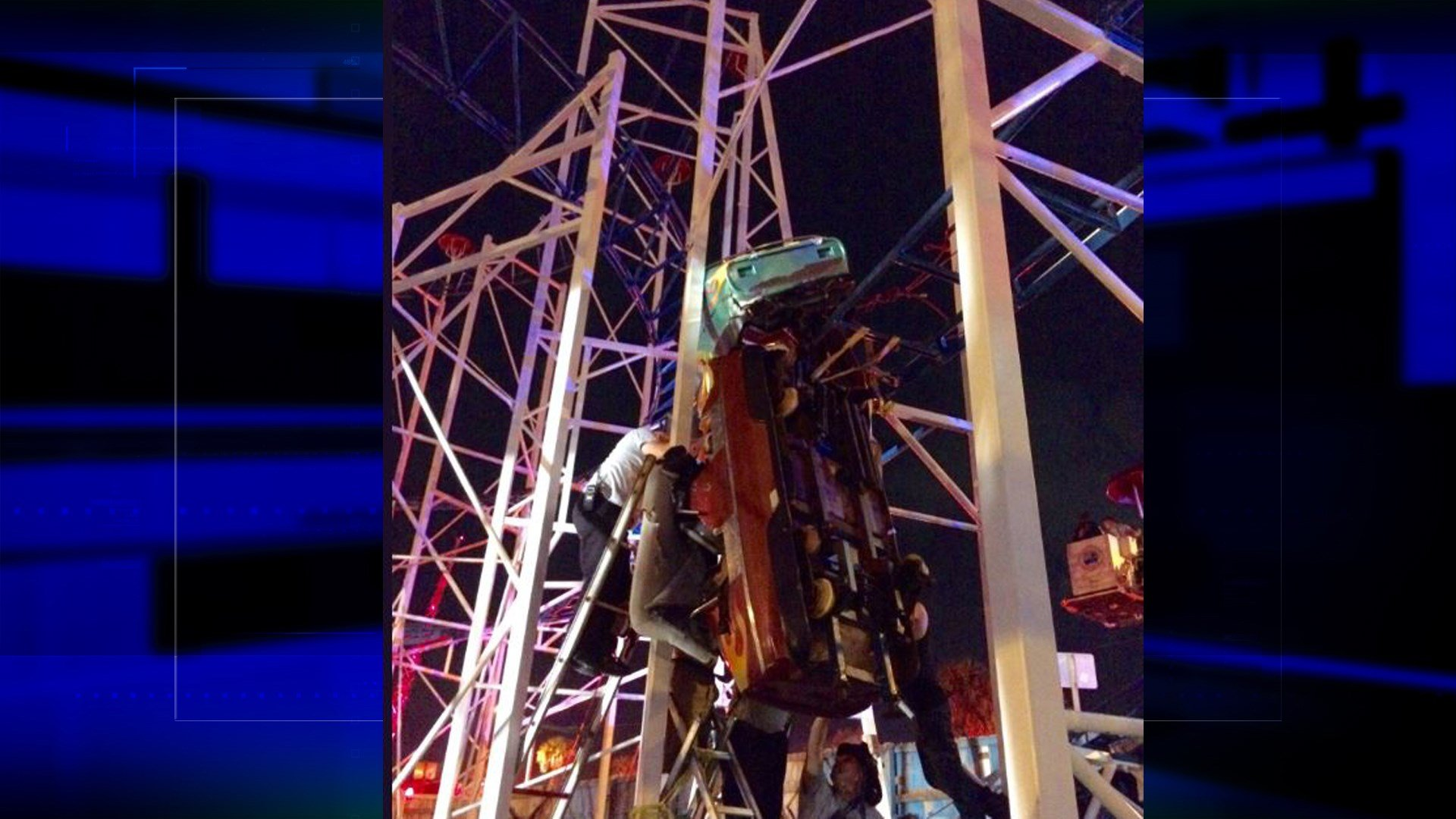 Firefighters in Daytona rescue roller coaster riders