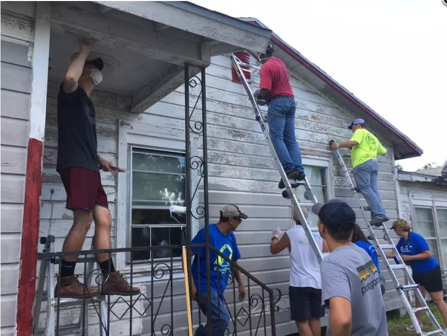 Habitat Humanity gets grant to help to paint homes.
