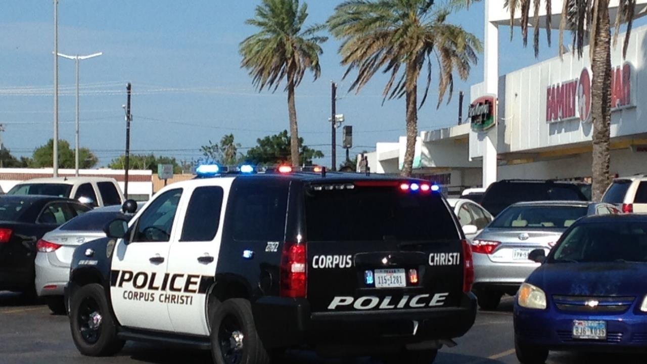 Photo Of Woman Acc Robbing Capital One Bank At Hamlin Center Corpus Christi